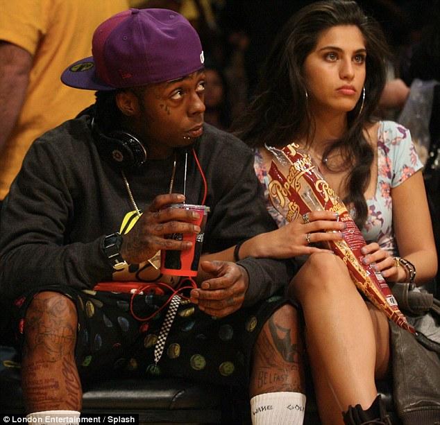 Lil Wayne and Fiancée Cocktail Waitress Dhea Sodano At ... Lil Wayne Sons 2012