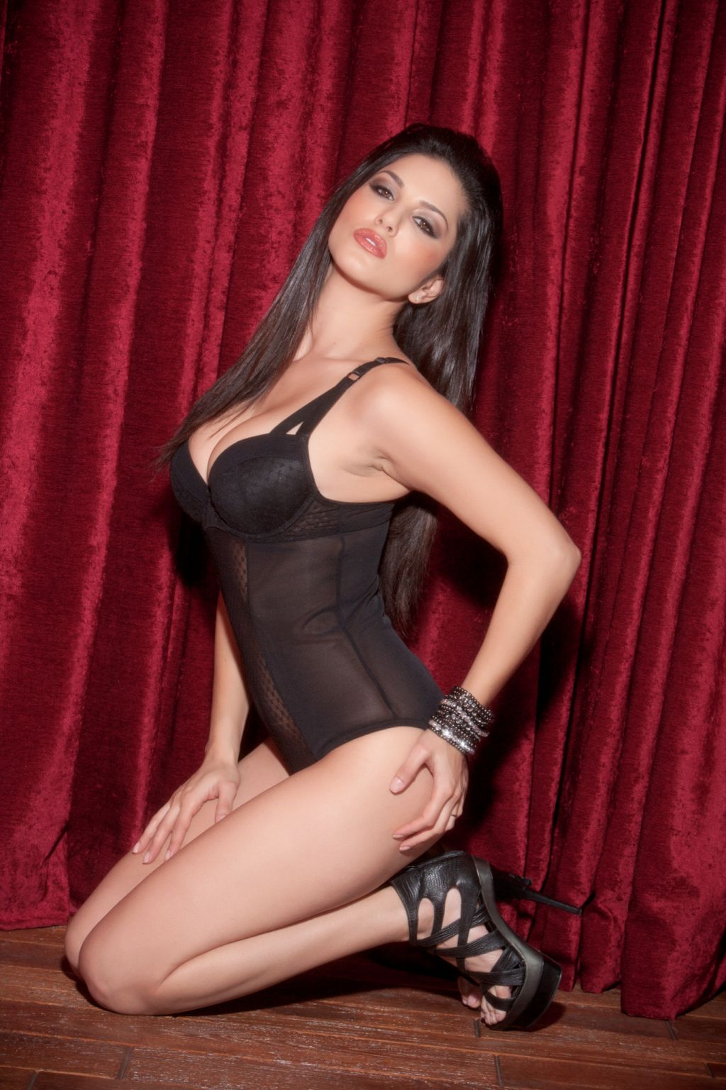 Sunny Leone Adult Film Star  Bollywood Actress Sexy -6316