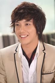 Jung Yong Hwa1